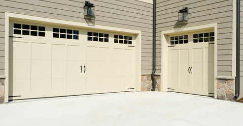 Overhead door service in Woodland Hills CA